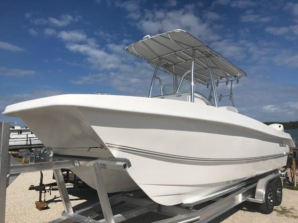 Twin Vee 260 GF OceanCat