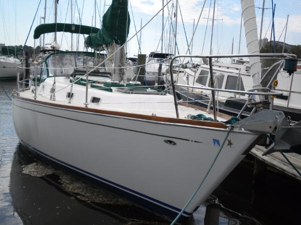 Tartan Tartan 37 Sl starboard profile