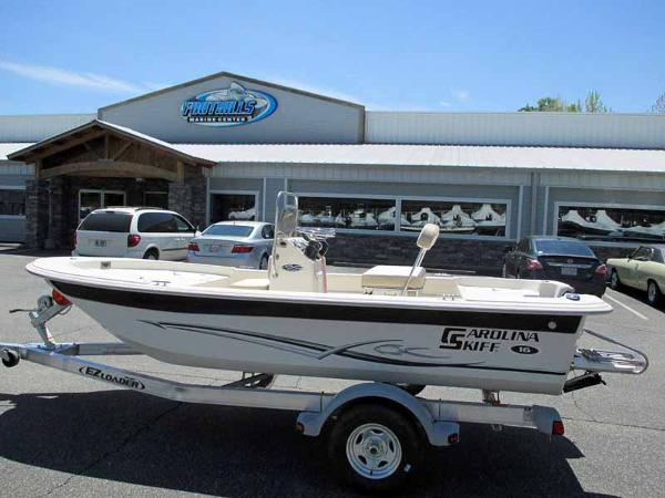 Kelley blue book pontoon boats