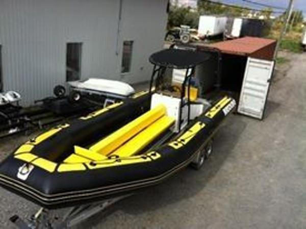 Air Solid Rigid Inflatable  Center Console