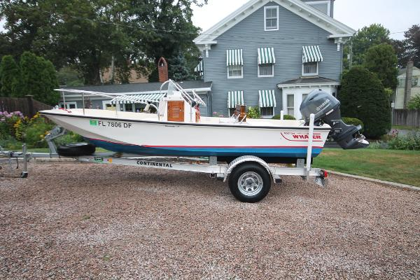 Boston Whaler 17 Montauk Port Profile