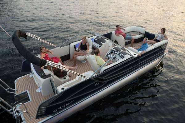Crest Pontoon Boats Continental w 300L Verado