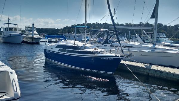 Macgregor Macgregor 26m Sl Starboard View at Dock