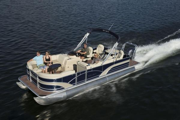 Sylvan Mirage Fish 8522 Party Fish 4.0 LE Classic Manufacturer Provided Image