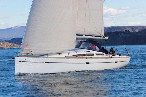 Elan Yachts E6