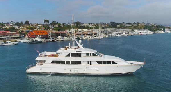 Palmer Johnson Custom Tri-Deck Motoryacht KIMBERLY EXTERIOR