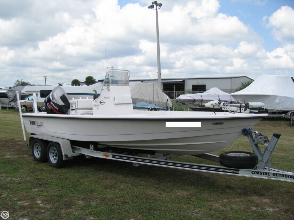 Pathfinder 2200-v 2004 Pathfinder 2200V for sale in Edgewater, FL