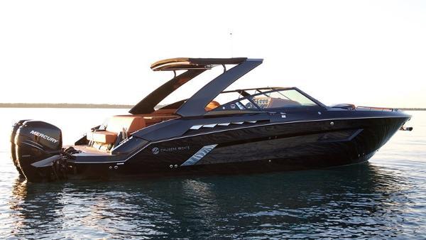 Cruisers Yachts 338 South Beach Bowrider 2019 Cruisers 338
