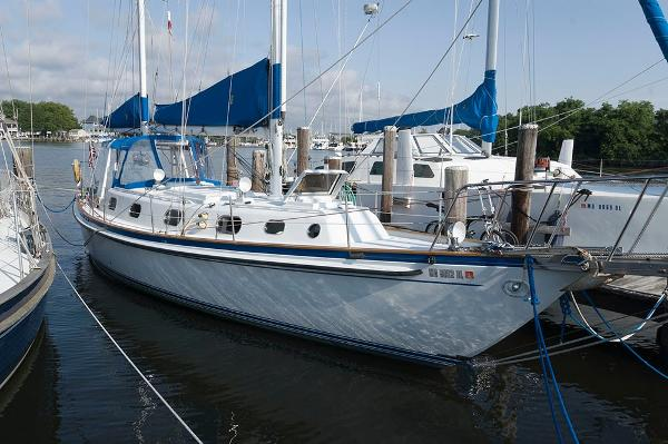 MORGAN CUSTOM KETCH 47 One Of A Kind Profile