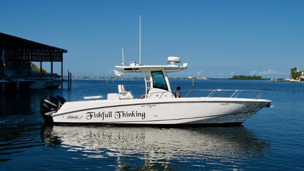 Boston Whaler 320 Outrage Boston Whaler 2014 - Profile