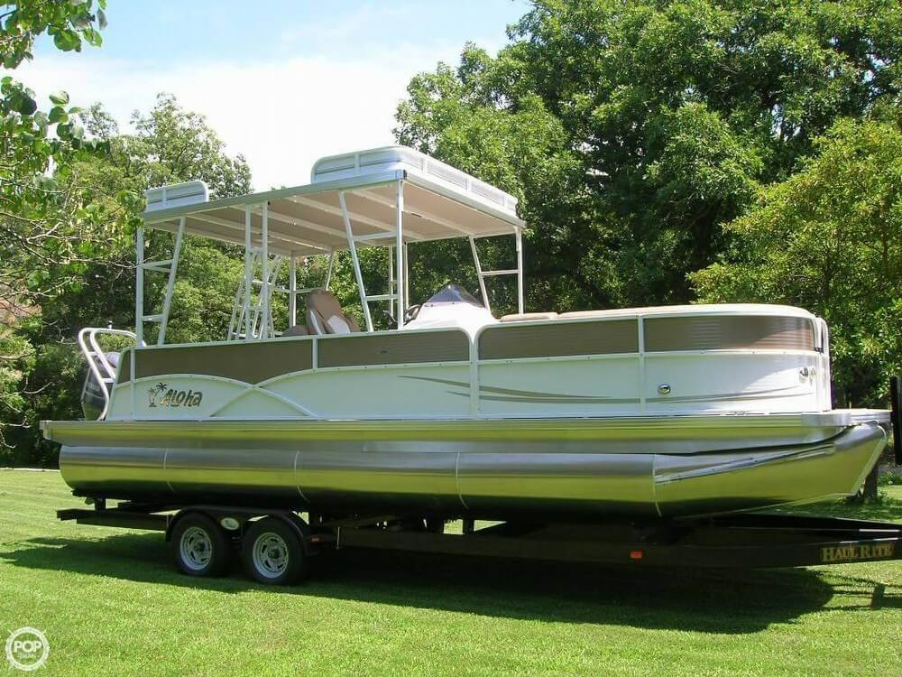 Aloha 260 TT (Tri-Toon) SD (Sun Deck) 2017 Aloha 260 TT SD for sale in Phillipsburg, MO