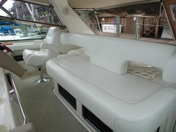 Captain's Chair and Helm Seating