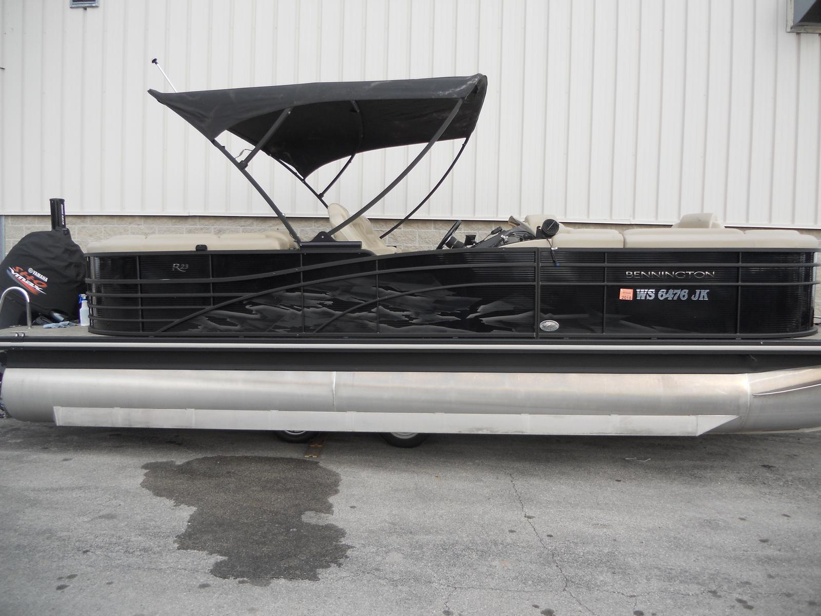 Bennington 2350 RSR