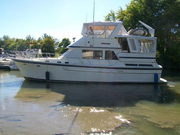 Jefferson 42 Sundeck Motor Yacht FRESH WATER