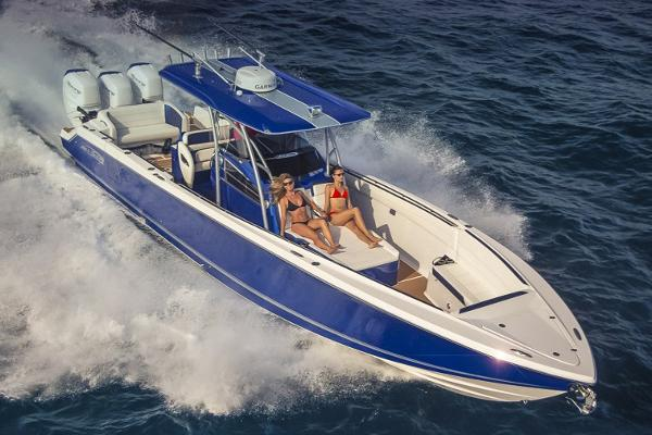 Nor-Tech 390 Sport Center Console Manufacturer Provided Image
