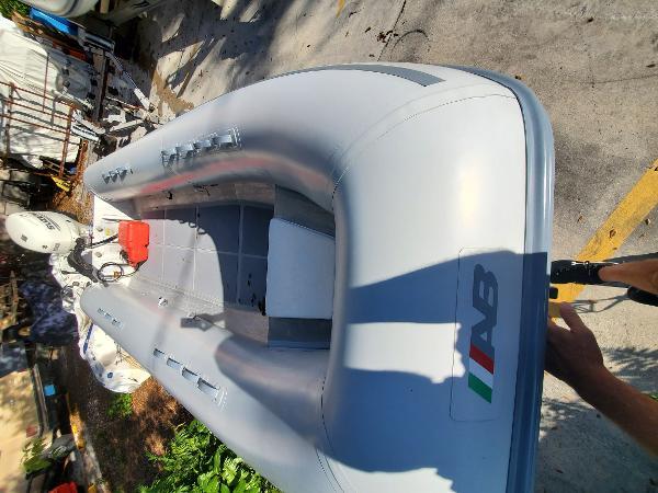 AB Inflatables 16AL
