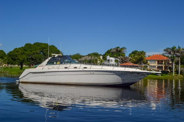 Sea Ray 500 Sundancer Main Profile