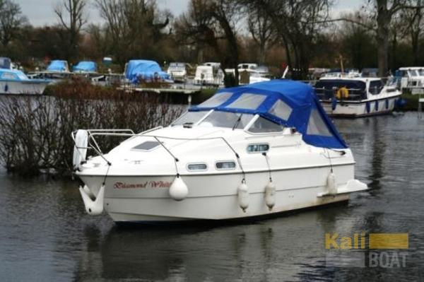 Sealine 218 cabin cruiser couverture sealine 218