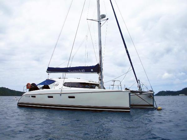 Nautitech 40 owner 3 cabins