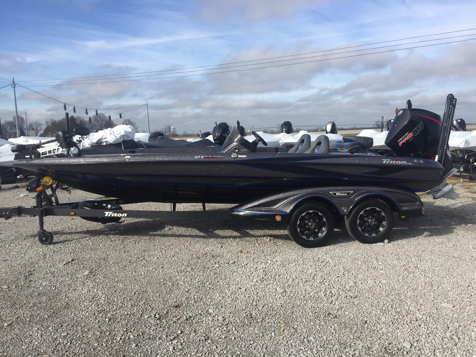 Triton 21 TrX Patriot 250 mercury ProXS
