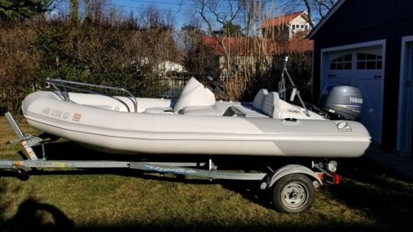 Zodiac Yachtline 2 Deluxe 420