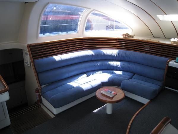 Port Lounge