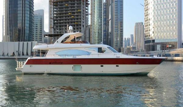 Motor Yacht Dubai Marine Duretti 85 Fly