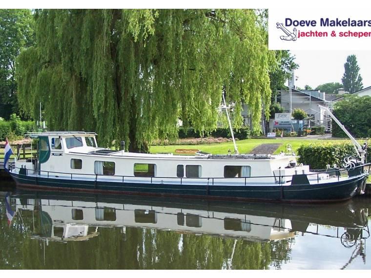 Dutch Barge 18.60