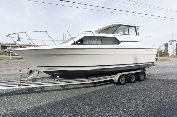 Bayliner 2859 Ciera Classic Port Side