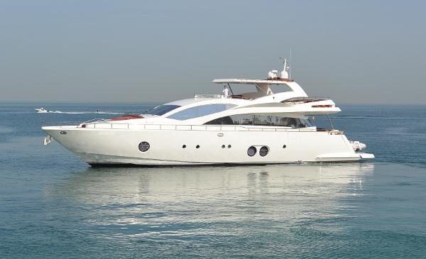 Aicon 85 Motor Yacht