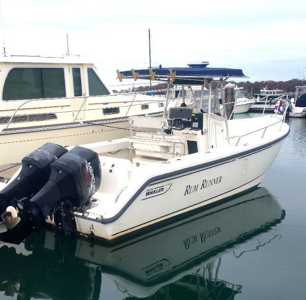 Boston Whaler Outrage 260