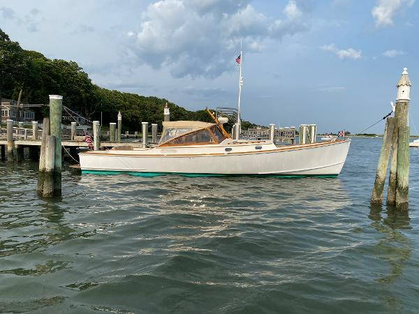 CH Marine Shelter Island Runabout Shelter Island Runabout 38
