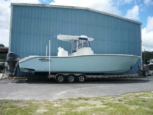 Predator 39 offshore