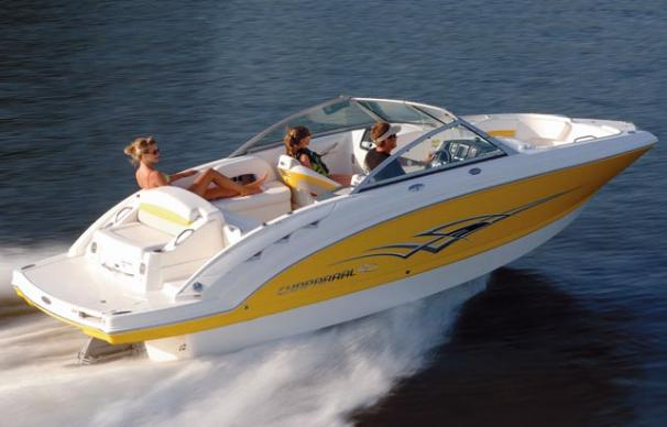 Chaparral Sunesta 224 Manufacturer Provided Image