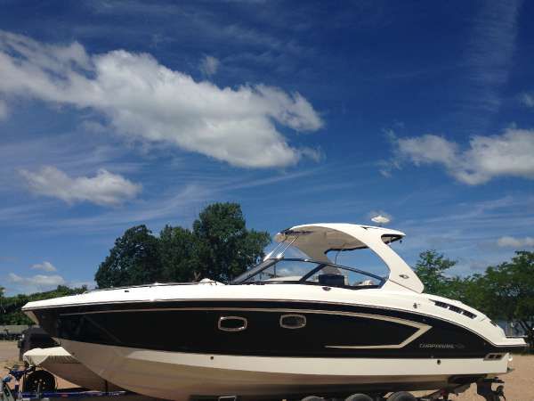 Chaparral ALL NEW 337 SSX