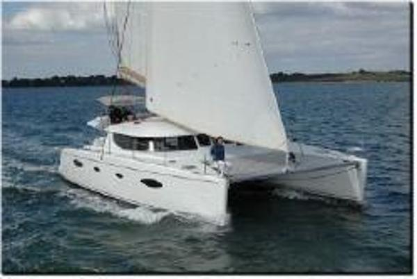 Fountaine Pajot Salina