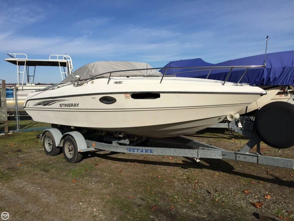 St Martin 220 CS 2005 Stingray 220 CS for sale in Hopewell, VA