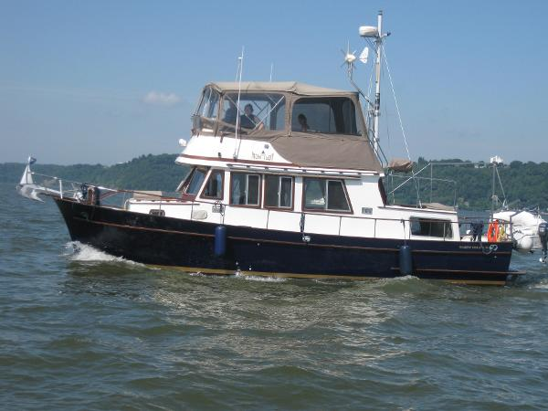 Marine Trader Double Cabin