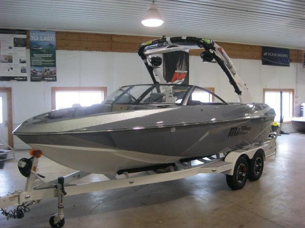 Malibu Boats 21 VLX