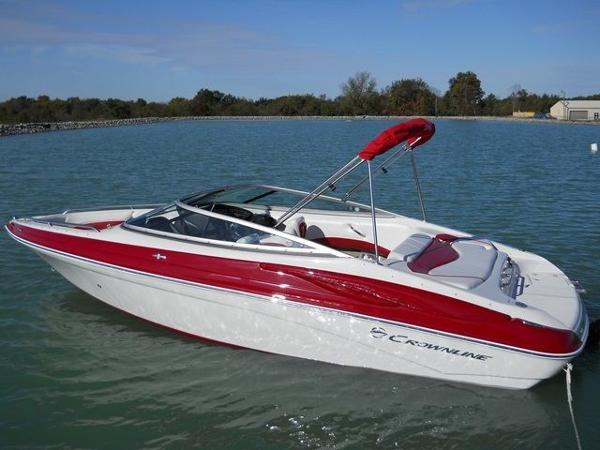 Crownline 215 SS Bowrider