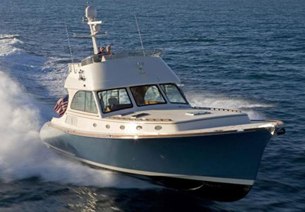 Hinckley Talaria 55 Flybridge MKII Manufacturer Provided Image