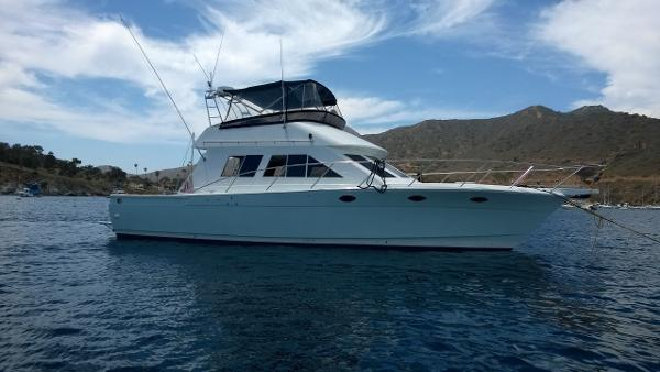 "Bluewater Yachts Sportfisher ""LUCY"""