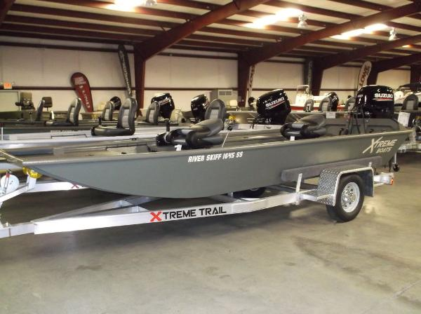 Xtreme RIVER SKIFF 1645SS TUNNEL