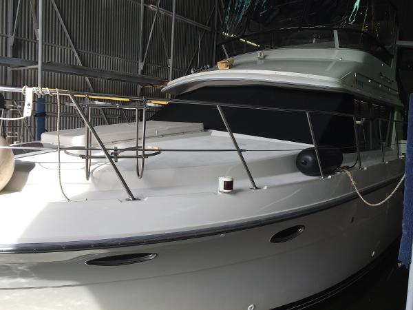 Carver 430 Motor Yacht