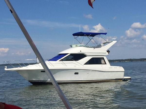 Bayliner 3258 Ciera Command Bridge DX