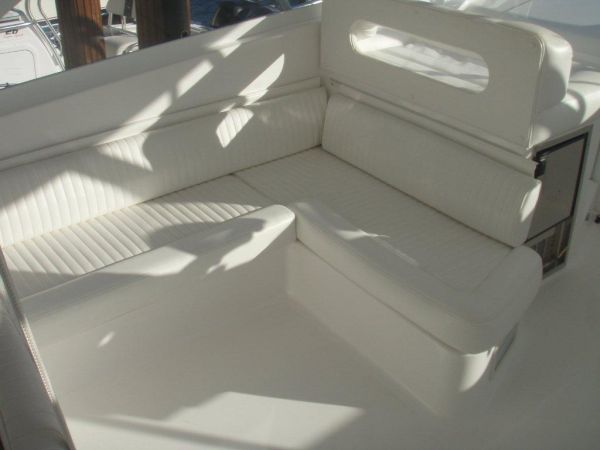 Bridge Deck Settee