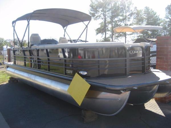 Coach Pontoons 250 RF