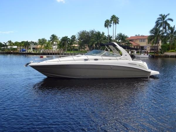 Sea Ray 36 Sundancer Vessel