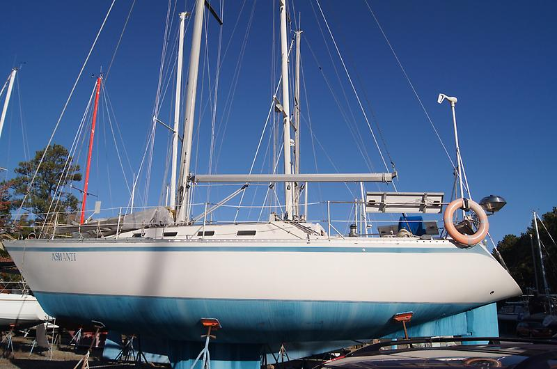 Canadian Sailcraft CS 36 Traditional