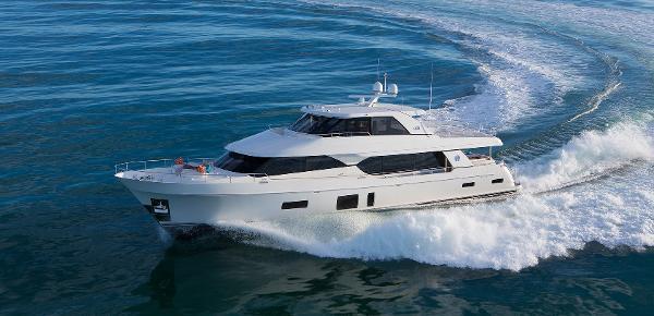 Ocean Alexander 100 Motoryacht Skylounge